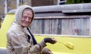 lady-in-the-van-2.jpeg1